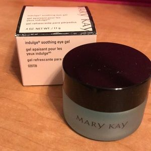 Mary Kay indulge soothing eye-gel